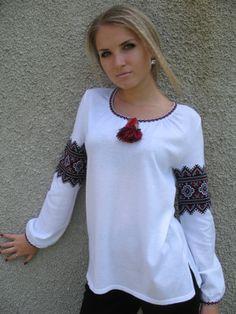 Блуза трикотажна. Ukraine