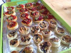 Vegetarische hapjes voor Sinterklas: champignons quiche en paprika-courgette pizza's...