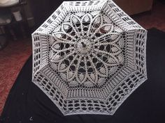 Hand Fan, Doilies, Tatting, Mandala, Costumes, Ideas, Women, Arts And Crafts, Dishes