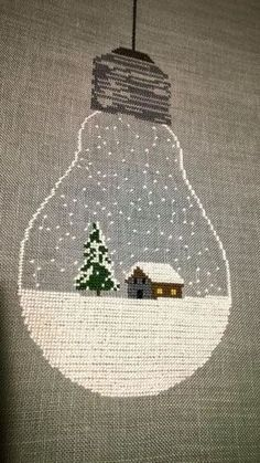 Etamin Çarpı İşi Örnekleri - Rush Tutorial and Ideas Christmas Embroidery, Diy Embroidery, Cross Stitch Embroidery, Embroidery Patterns, Xmas Cross Stitch, Cross Stitching, Cross Stitch Designs, Cross Stitch Patterns, Christmas Cross