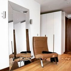 #foinixinteriors #annatiula #penthouse #eiranranta #entry #helsinki  #interiordesign #interiorarchitecture #realestate #realestatemarketing #dwelling #homestaging #homestyling  #leatherarmchair #valetta145 #lind #projetisisustuswm #astrolighting #mirror #denver #sovet #helenaoravadesignprojects PHT: #RikhardTiula IN-COLL: architect #filiplinder