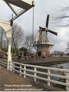 The windmill at Keukenhof Gardens