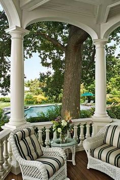 .Beautiful porch & view!!!