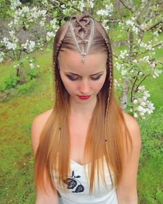 Dutch braids are so simple but there's no limit what to create with them! Boys Long Hairstyles, Baddie Hairstyles, Elegant Hairstyles, Pretty Hairstyles, Braided Hairstyles, Braid Styles, Short Hair Styles, Blog Beauté Bio, Baby Girl Hair