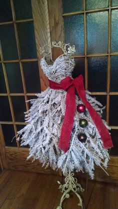 Flocked Dress Form Christmas Tree - LOCAL CHICAGO AREA