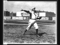 Cy Young, Boston Red Sox pitcher, throwing a baseball at Huntington Avenue Grounds, Boston. Photographic print by Bain News Service, July Baseball Photos, Sports Baseball, Sports Photos, Baseball Players, Baseball Records, Baseball Teams, Boston Baseball, Baseball Tickets, Baseball Savings