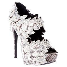 Philipp Plein Python Skin Heel ❤ liked on Polyvore featuring shoes, pumps, heels, high heels, scarpe, zapatos, snake skin pumps, white high heel pumps, high heel shoes and snakeskin pumps