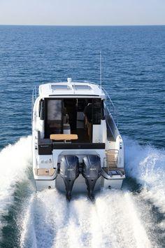 164 Best Jeanneau Outboard images in 2019 | Power Boats, Luxury