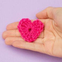 * Easy 10 minute Heart Crochet Pattern via Hopeful Honey = uses worsted yarn