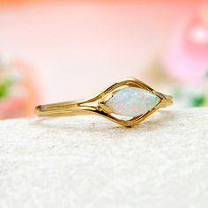 14k Yellow Gold Rainbow Fire Solid Australian Crystal Opal Ring