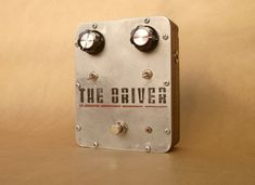Old pedal gets a new photo. Pretty!