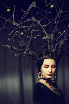 ♕ Crown Couture ♕ Samhain. apple tree crown - image: Anna Morozova