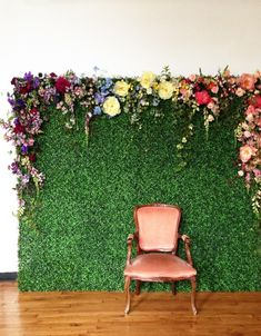 floral backdrop! photo booth