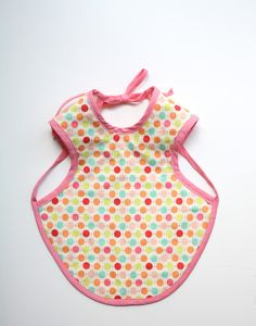 Bapron! DIY Bib-apron, perfect for baby shower gifts