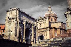 Iglesia de San Lucas y Santa Martina, y Arco de Septimio Severo (Roma - Italy)