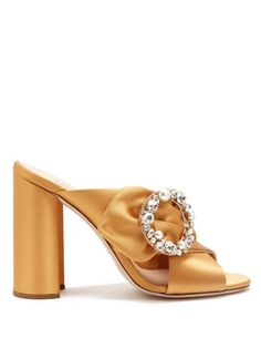 MIU MIU Crystal and pearl-embellished satin mules. #miumiu #shoes #sandals