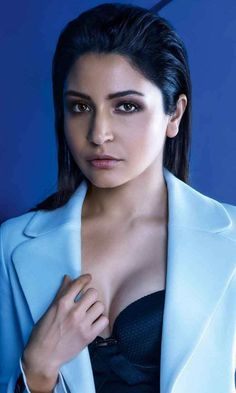 Anushka Sharma dashing in jacket HD mobile wallpaper Hot Images Of Actress, Bollywood Actress Hot Photos, Indian Bollywood Actress, Bollywood Girls, Beautiful Bollywood Actress, Most Beautiful Indian Actress, Bollywood Stars, Bollywood Celebrities, Indian Actresses