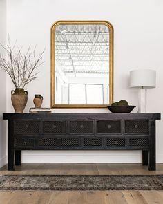 Home Design, Web Design, Home Interior, Interior Decorating, Black Sideboard, Sideboard Buffet, Interior Minimalista, Amber Interiors, Vintage Design