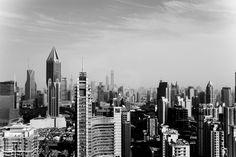 From Above - Shanghai | Vauvillier Pierre Offrez-vous une photographie d'art unique dès 39€. Fabriqués en France, ces clichés sont disponibles sous différents formats, avec ou sans cadre.