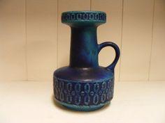 Bekijk dit items in mijn Etsy shop https://www.etsy.com/listing/233429338/blue-fohr-keramik-fat-lava-vase