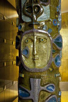 Querubim Lapa | Lisboa | Hotel Ritz | 1959 #Azulejo #QuerubimLapa Lapa, Portugal, Acrylic Resin, Ceramic Artists, Public Art, Contemporary Art, Lion Sculpture, Pottery, Fine Art