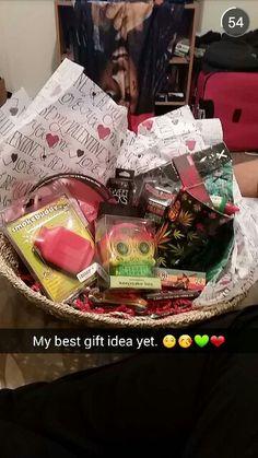 My bf is a bit of a pothead so I came up with my own valentine's basket idea of goodies. #Valentines #Basket #Weed