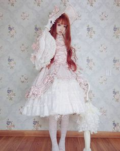 "4,292 Likes, 22 Comments - H 猫 (@hmao_owo) on Instagram: ""happy new year~ヽ(○^㉨^)ノ♪ #lolitafashion #lolita_fashion #lolita #angelicpretty #syrup…"""