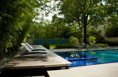 deck piscina com paisagismo