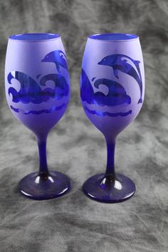Dophin Frosted Etched Wine Glasses Set Of 2 by DeeLuxDesigns on Etsy