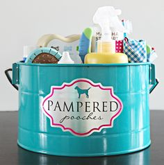 Trend: Chic Organization for your Furry Friends! {via} Our pets are a big part of our daily lives. They bring smiles to our faces, are loyal companions and complete our families. However, pets can come with a lot of stuff! Leashes, dishes, food, treats, vitamins, grooming supplies, oh my! All of those items can quickly [...]