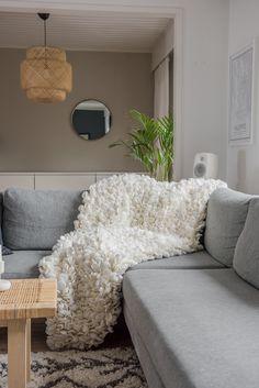 Blanket / White |Kauppa | Satu Nisu Design Finland, Norman, Decorating Your Home, Shag Rug, Love Seat, Couch, Satu, Blanket, Pillows
