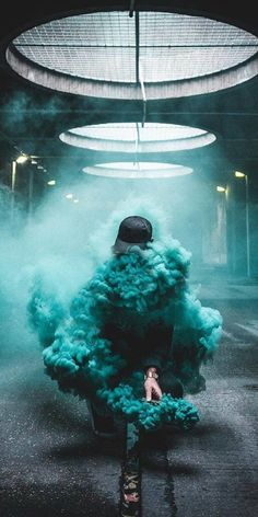 Colorful Smoke Photography that You Must See Inspirational Pin by ᎬᏞá. - Colorful Smoke Photography that You Must See Inspirational Pin by ᎬᏞᎥ أيہ٠- Smoke Bomb Photography, Urban Photography, Creative Photography, Street Photography, Portrait Photography, Walmart Photography, Photography Awards, Pinterest Photography, Dope Wallpapers