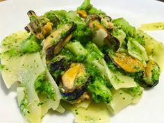 La Tarantolata: Sagne con broccoletti e cozze