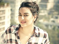 #Sonakshi To Play Dawood Ibrahim's Sister '#Haseena' In Her Biopic - IndiaShor.com