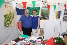 Thierry Taravella et Laure Balderacchi au stand de l'ASPAPI, Forum des (...)