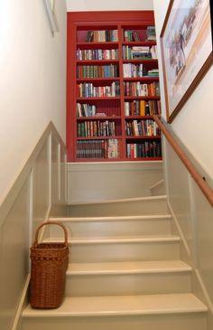 boekenkast boven aan de trap handig