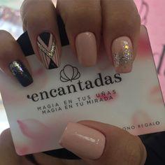 Glitter, pink and silver Perfect Nails, Gorgeous Nails, Love Nails, Fun Nails, Pretty Nails, Shellac Nails, Nail Manicure, Glitter Pedicure Designs, Gold Glitter Nails