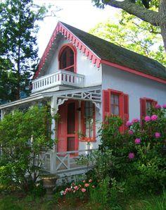 Victorian cottage, MA