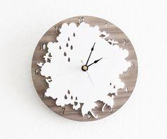 Rain Drop Clock Rainy Day horloge murale avec nuages par iluxo, $75.00