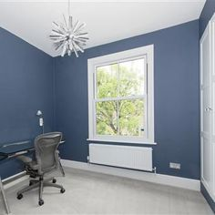 An inspirational image from Farrow and Ball. Victorian home renovation in Richmond Surrey Wevet - Ceiling Stiffkey Blue - Walls Blue Bedroom Walls, Bedroom Wall Colors, Blue Walls, Bedroom Ideas, Wall Exterior, Interior And Exterior, Stiffkey Blue, Blue Ceilings, Farrow Ball