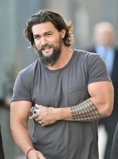 43 Times Jason Momoa Was So Hot, We Almost Called the Fire Department - 37 times Jason Momoa (aka Khal Drogo from Game of Thrones) was so hot, we almost called the fire de - Jason Momoa Aquaman, Aquaman Actor, Bart Styles, Game Of Thrones, Hommes Sexy, Celebs, Celebrities, Bearded Men, Bearded Tattooed Men