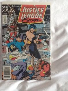 Justice League Europe #4 Jul 1989 The Name is Queen Bee Boys.. DC Comic Book