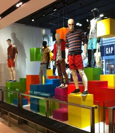 VM | Visual Merchandising | Retail Display | Retail Fashion Display | VM Fashion…
