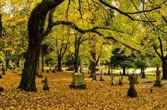 Lone Fir Cemetery in Portland, Oregon