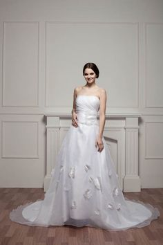 Gorgeous Long Sleeve Appliques Tulle Wedding Dress 2016 Hi-Lo With Train - Products - 27DRESS.COM