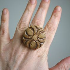 Speckled stoneware ring. Mmm, toasty.
