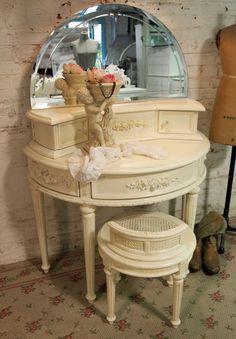 Painted Cottage Chic Shabby Cream Romantic Vanity