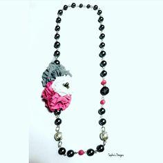 New arriving  #flores #collar #sophiesdesings #venezuelacreativa #handmade #fashion #madeinvenezuela #megustalochic #hechoenvenezuela #design #worlwideshop #vitrinahechoenvenezuela #yousodiseñovenezolano #handmade #hechoamano #talentonacional #colores #estilo #moda #modachic #instadesigns #girls #necklaces #máxicollar