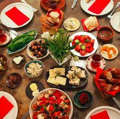 Photo by Çiler Geçici Healthy Recipes, Healthy Food, Appetizers, Turkey, Yummy Food, Kebabs, Breakfast, Desserts, Kitchens