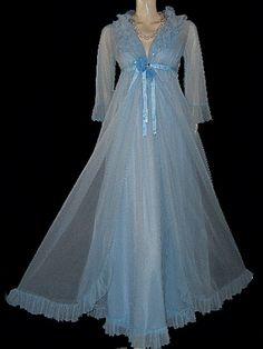 Vintage Evette Peignoir & Nightgown Set pleated by TAHITIBLOSSOM